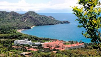 El grupo español RIU ayudará a limpiar la playa de Matapalo en Costa Rica para aumentar la seguridad de los visitantes.