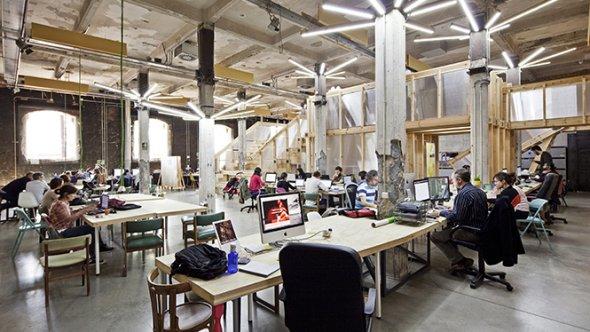 El jurado elegirá 10 proyectos que recibirán una beca de Factoría Cultural del 50 por ciento del coste total de la cuota mensual del programa.