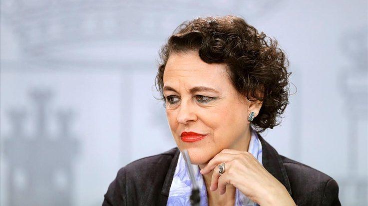 La ministra de Trabajo, Migraciones y Seguridad Social, Magdalena Valerio, afirma que están negociando con los sindicatos la regulación asistencial del paro.