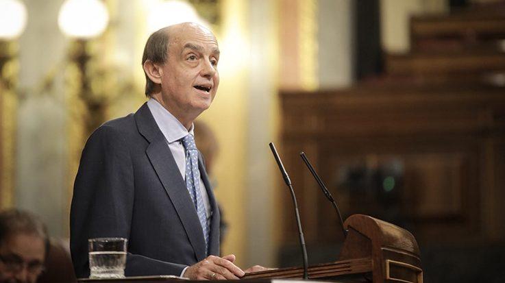 Fernando Maura solicita al Gobierno de España saber si se aprobará la protección temporal a los venezolanos.
