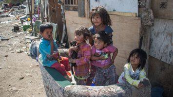 El Banco Mundial advierte que aún hay tasas preocupantes de pobreza en el mundo.