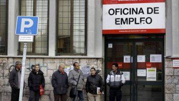 El número de desempleados en España ha aumentado su cifra a finales de septiembre a 3.202.509 personas.