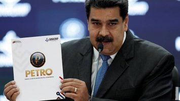 El Gobierno de Venezuela obliga a las aerolíneas internacionales a pagar el combustible en petros.