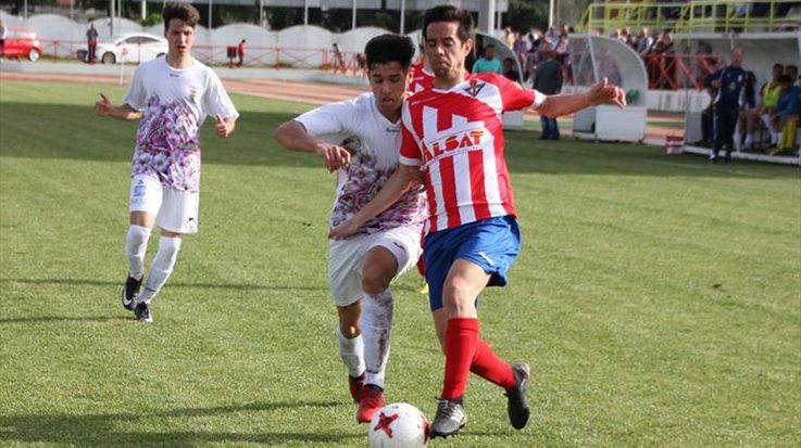 La cancelación de un vuelo comercial hacia Málaga deja sin oposición al jugador Ricardo Durán.