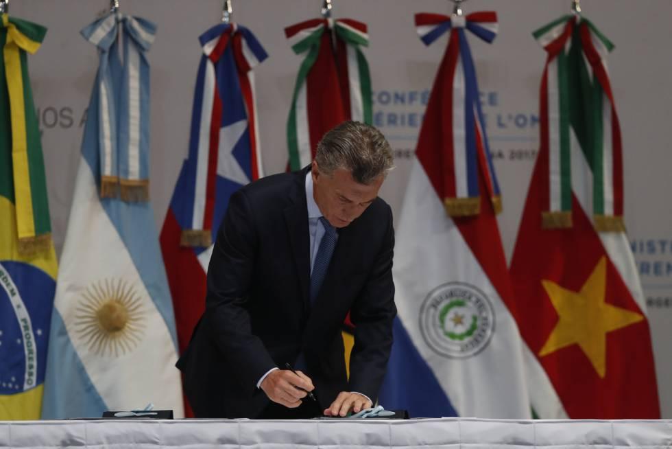 """El presidente argentino Mauricio Macri busca que su país tenga """"una economía más abierta al mundo""""."""