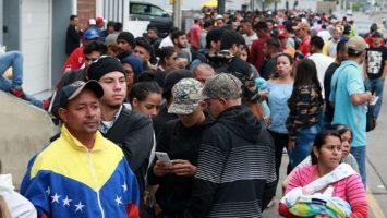 Miles de venezolanas esperan ingresar a Perú antes de que expire el plazo para solicitar el Permiso Temporal de Permanencia.