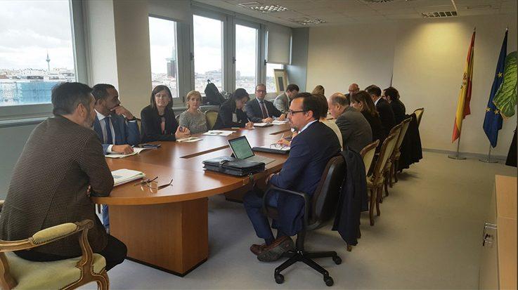 Reunión interministerial para modernizar los cuadros de exclusiones médicas de las oposiciones.