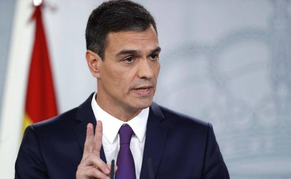 """Sánchez anuncia su intención de proponer a las Cortes """"la creación de una autoridad independiente que refuerce los derechos de los consumidores""""."""
