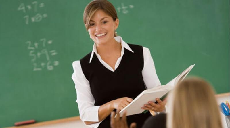 Los profesores visitantes tendrán que enseñar el español como lengua extranjera pautado en el programa de inmersión lingüística.