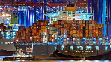 La Comisión Europea resalta que hoy en día el comercio y las exportaciones sustentan 36 millones de puestos de trabajo en toda Europa, dos tercios más que en el año 2000.
