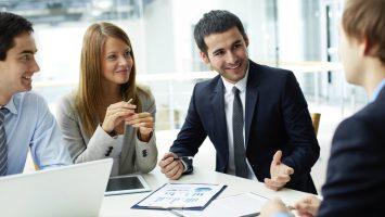 El Plan de Choque por el Empleo Joven contempla como una de sus bases la contratación de 3.000 orientadores.