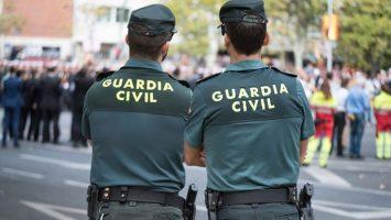 El Ministerio del Interior y Renfe renuevan su convenio de descuento en los billetes de tren para la Guardia Civil.