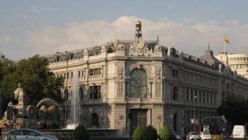 El Banco de España prevé que la subida salarial aumente el paro juvenil.