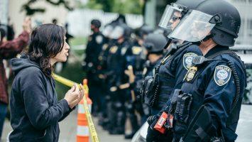 Policías en manifestación