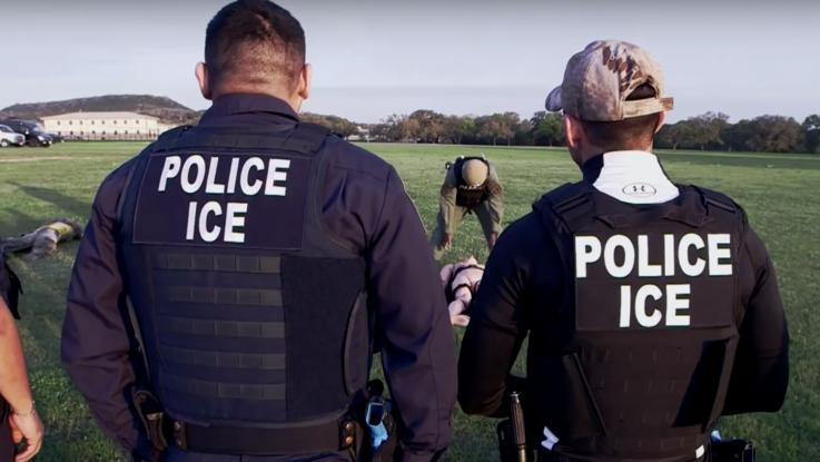 Policias de ICE