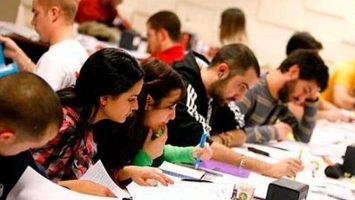 Candidatos MIR estudiando