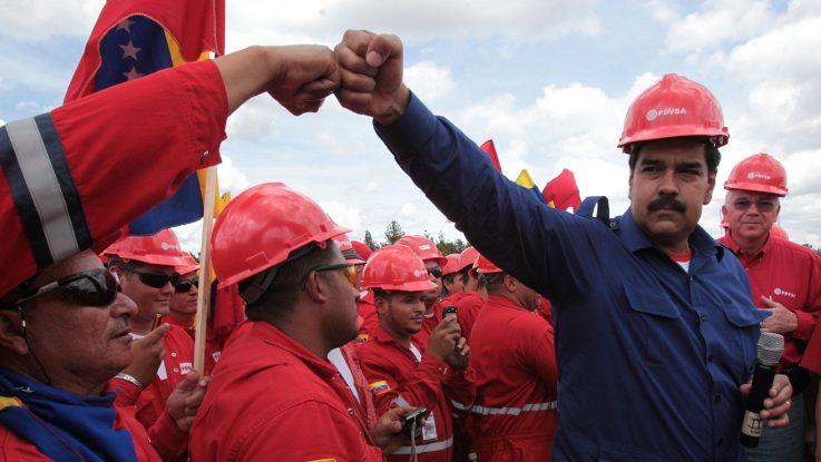 Nicolás Maduro y trabajadores de PDVSA