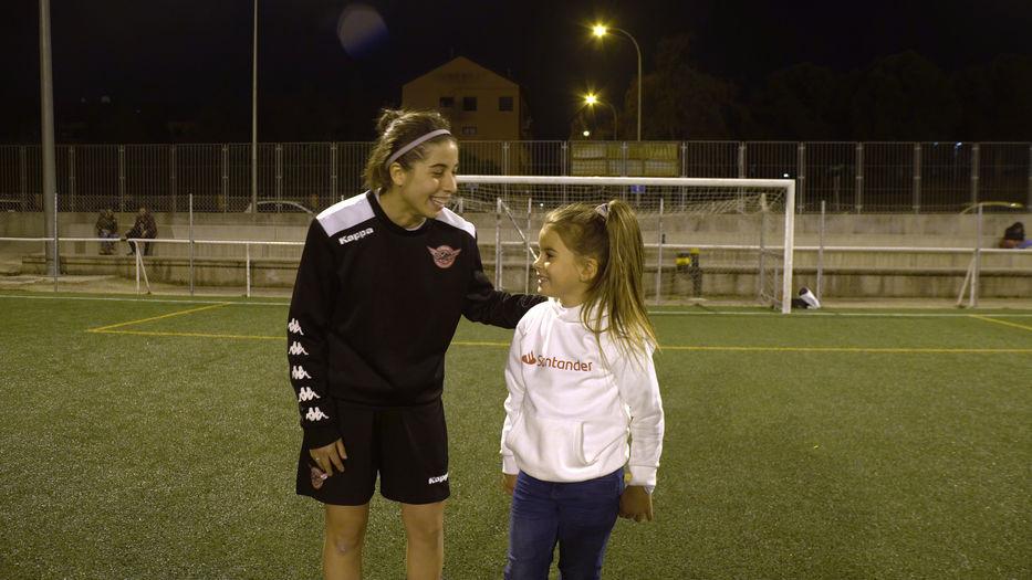 Mahia Macías y Yamila Badell