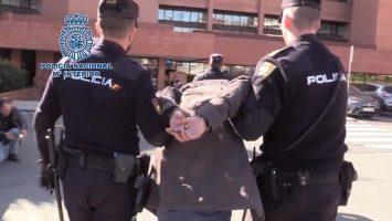 Policía Nacional haciendo una detención
