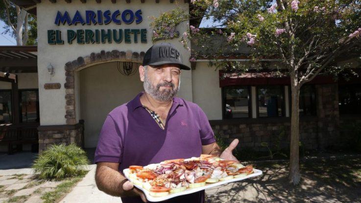 De vender en un parque a dueño de una cadena de restaurante de mariscos