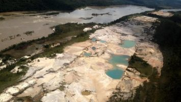 arco minero del amazonas