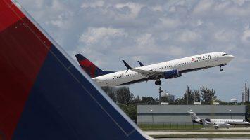 Gennady Podolsky estafa a Delta Airlines