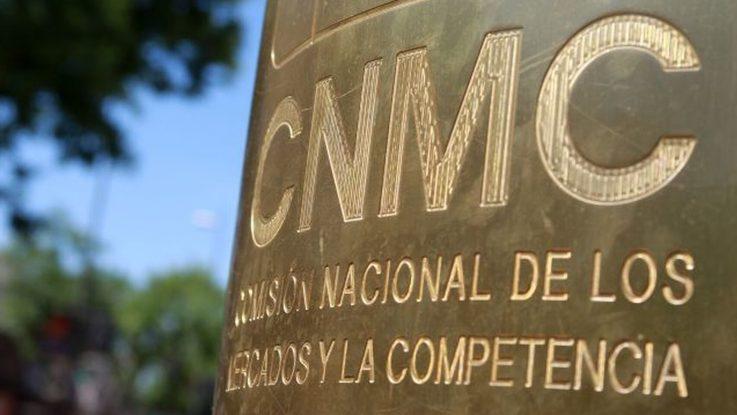 La CNMC determinará si considera a Amazon como operador postal