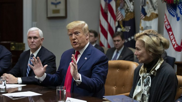 Trump pedirá al Congreso rebajar impuesto sobre las nóminas