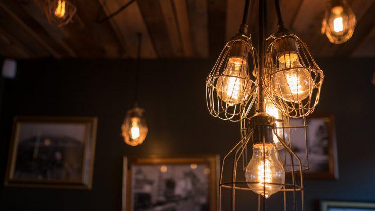 El recibo de luz subirá 26 euros debido al confinamiento