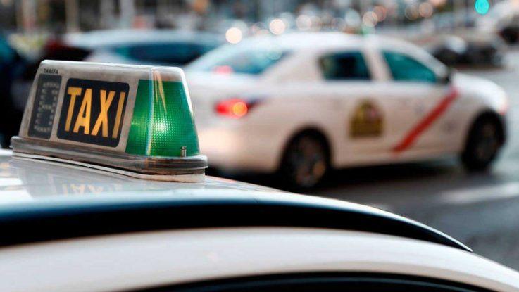 Taxistas rechazan ayudas y piden que se destine a Sanidad