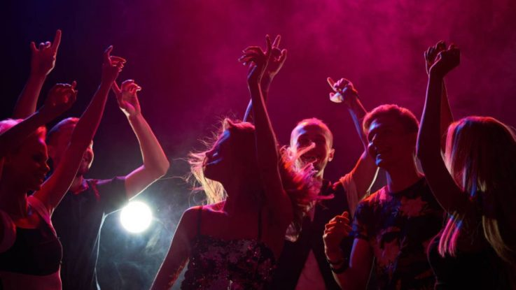 Bares nocturnos y discotecas