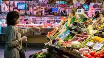 USO alimentos y ropa