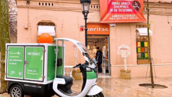 La startup logística y la cadena de supermercados impulsan el 'delivery' CeroCO2