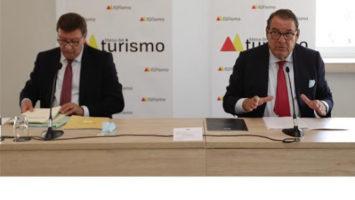 La Mesa del Turismo critica las ayudas directas al sector